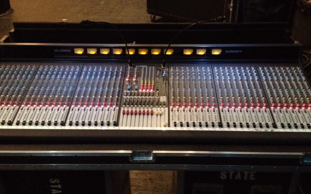 Allen & Heath GL3800 analog console